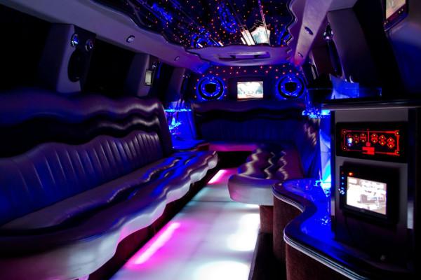 Escalade limousine service Seattle